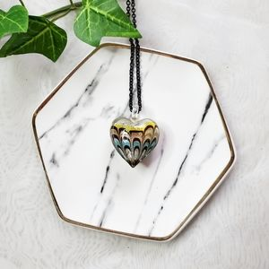 Jewelry - Murano Glass Green Shimmer Heart Necklace